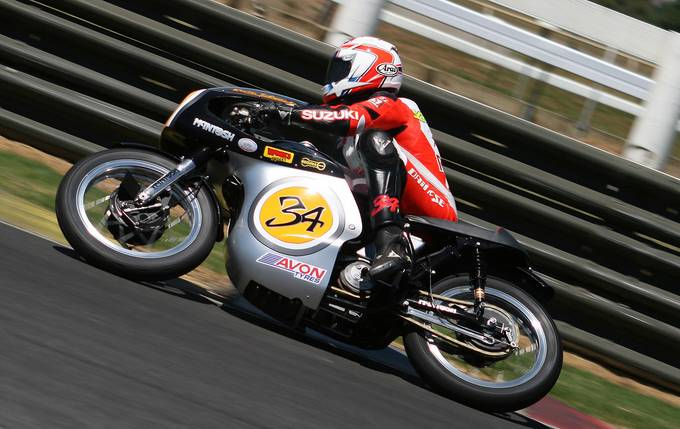 Kevis Schwantz at NZ Classic Race Meet