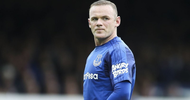 Rooney sporting an angry birds sleeve
