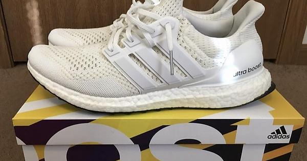 094ab05d0f7f4  LC  Triple White Ultra Boost 1.0