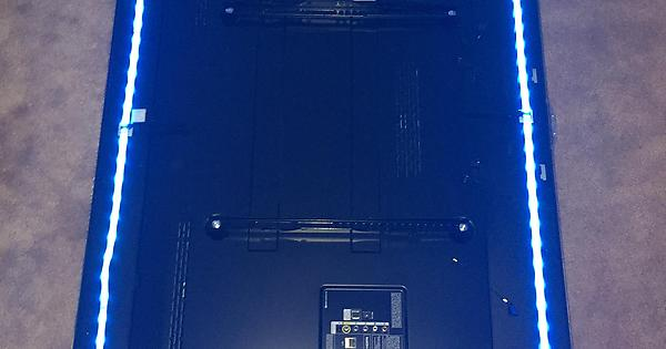 Philips Hue Led Strip Tv.Philips Hue Light Strips Mounted To Back Of Tv Huelights